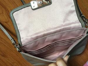 Grey Coach bag London Ontario image 2