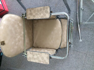 1950's-1960's high chair/rocker and table Cambridge Kitchener Area image 2
