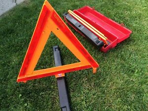 Reflective Caution Triangles