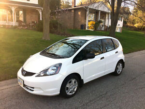 2014 Honda Fit hatchback - like new