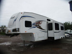 2011 Forest River Wildcat Fifth Wheel 32QBT