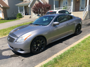 2008 Infiniti G37 S Coupe MANUELLE - 6 SPEED