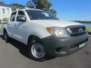 2006 Toyota Hilux GGN15R SR White 5 Speed Automatic Dual Cab Pick-up