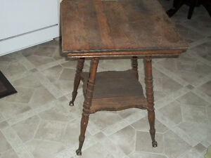 Antique Ball and Claw Foot Oak Parlour Table For Restoration