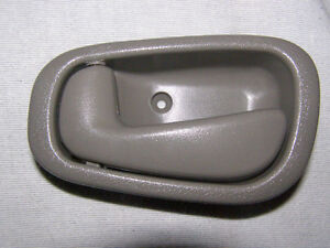 Poignee de porte Interieur Toyota Corolla 1998 - 02 Door handle