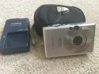 Canon Ixus 55 Digital Camera & Case