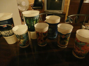7 PLASTIC MOVIE COLLECTOR CUPS