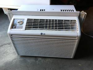 LG 5,000 BTU 115-Volt Window Air Conditioner