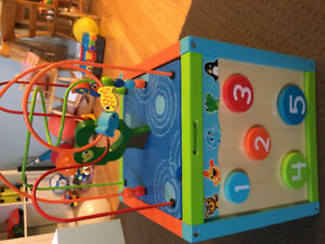 5-Way activity cube in new condition