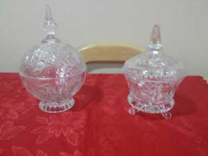 Crystal pieces   (WEDDING GIFTS)