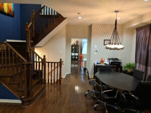FURNISHED ACCOMMODATION  FOR SINGLE PROFESSIONALS  MISSISSAUGA