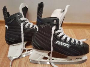 Skates: Bauer Nexus 4000. Shoe size 10.5 (Adult)