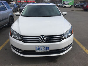 2012 Volkswagen Passat SE w/Sunroof Sedan