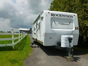 29 Ft. Rockwood - Excellent Condition
