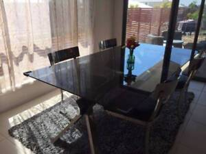 Contemporary Nick Scali Xander Dining Table And Nilda Chairs