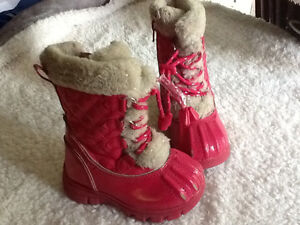 Pink size 7 toddler winter boots