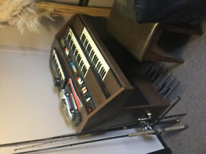 Electric piano/organ  perfect Xmas gift reduced to 75.00