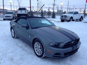 2014 FORD MUSTANG LX,AUTO,CONVERTIBLE..EASY AUTO FINANCING !!