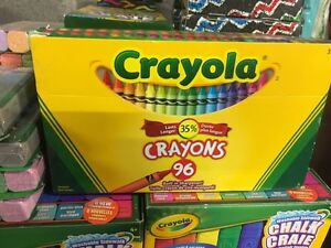 Crayola craie T-Rex et Spring Fever/ Crayola 96 crayons couleur West Island Greater Montréal image 4