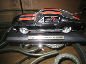 Loose 1 18 Diecast Car Maisto 1967 Ford Mustang GTA Toy Man Cave