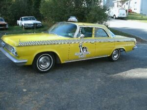 Did someone call a TAXI. 1964 Dodge 880