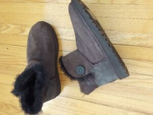 UGS - Short Boots - Brand New