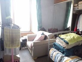 Stirling city centre flat to rent/room to share