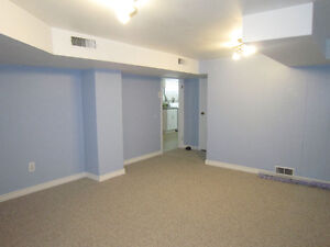 2 bedrooms available in 5 bedromm house on Richmond Row London Ontario image 4