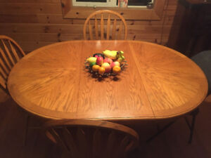 Solid oak family Dinning room table