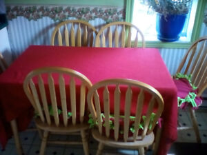 chairs&table