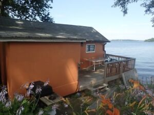 Waterfront 2 bedroom cottage for rent on Rice Lake