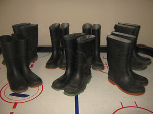 rubber boots boys size 3