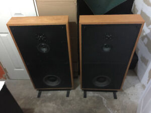 Boston Acoustics a200 Vintage Speakers