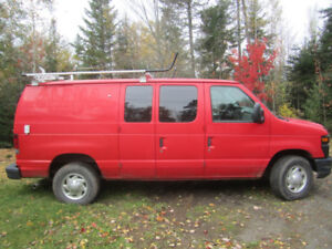 Ford cargo van E-250 for sale