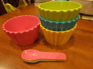 MELAMINE DESSERT DISHES