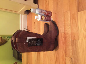 NEW Womens Cowboy Boots!