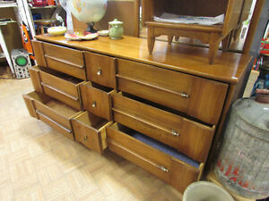 MID CENTURY MODERN ELM DRESSERS AND NIGHT TABLE Edmonton Edmonton Area image 5