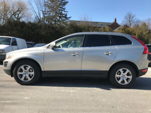 MOM approved 2012 VOLVO XC60 FOR SALE!!