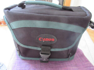 Really nice Cannon Camera Bag - Measures  10x7x5""