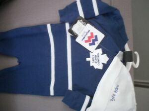 Toronto maple leafs sleeper fits 9 month brand new with tags