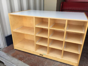 Solid Wood Shelf Shelving unit 2-sided with mobile rollers