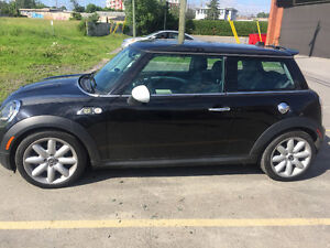 2010 MINI Mini Cooper S Coupe (2 door)