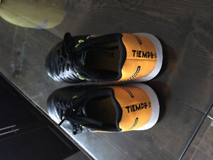 Youth Indoor Soccer Cleats