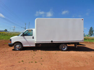 2010 Chevrolet Express 3500 Cube Van 14 ft box