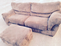 New Price!! Couch w ottoman