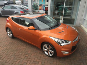 2012 MINT Hyundai Veloster Coupe (2 door)