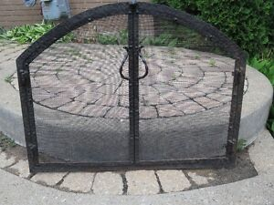FIRE PLACE ROD IRON SCREEN