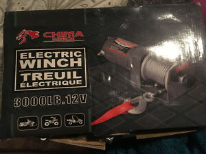 3000 lb electric winch and hand controllerBrand new, (still in t