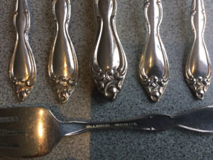 Wm A Rogers Silver Plated flatware set - Old South II Pattern