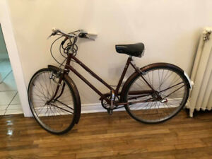 Selling Vintage Raleigh Bicycle